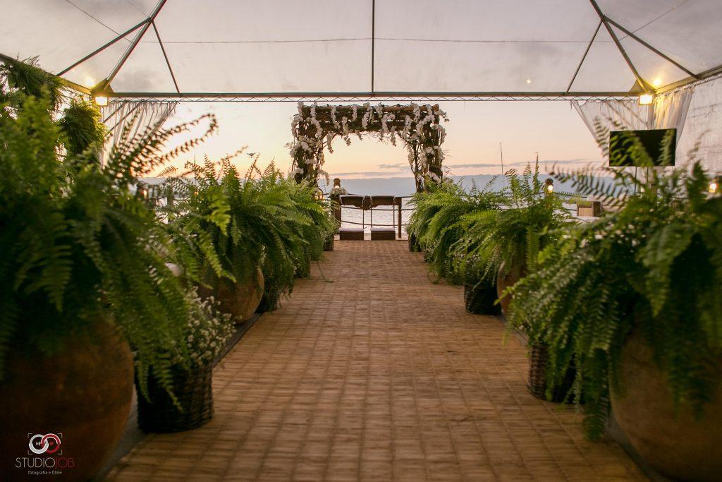 decoração de casamento na praia no pier 151
